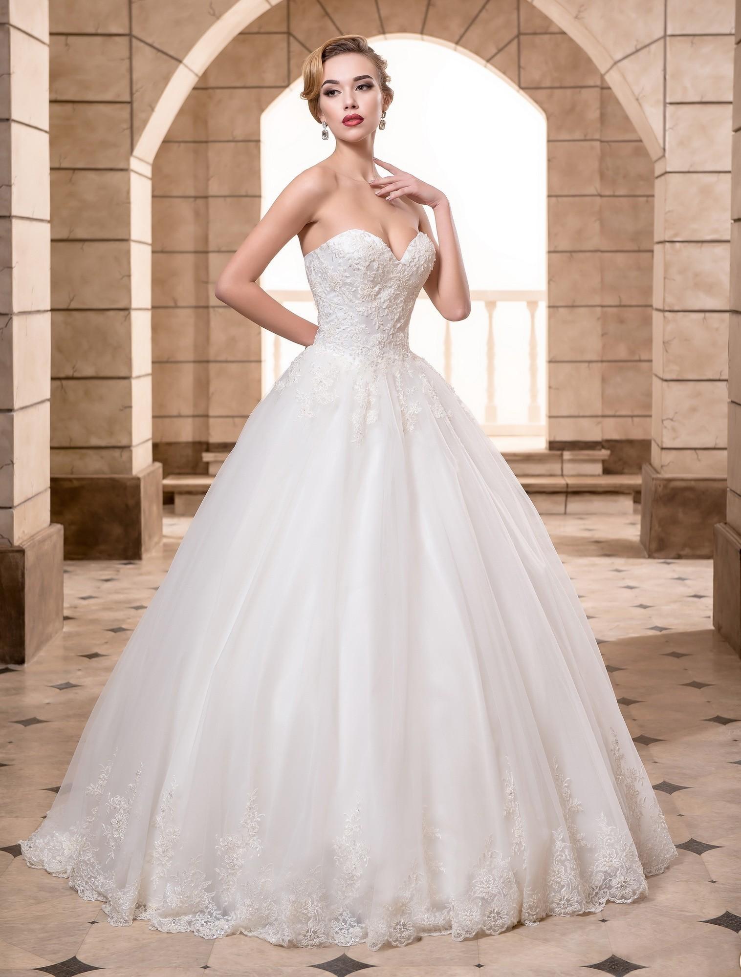 0e3ee1b9a9f9a2e Пышные свадебные платья